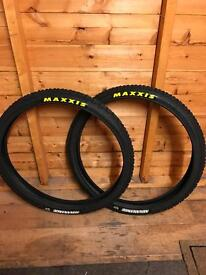 Maxxis mtb tyres 26x2.10 brand new
