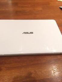 Asus X205 11.6 laptop
