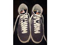 Nike blazers size 3.5