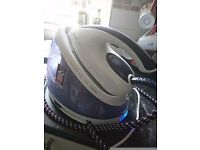 Philips perfectcare steam iron in an excellent condition