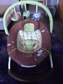 Baby Bouncer (Summer Brand) Used - Like New
