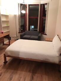 ** BEAUTIFUL STYLISH DOUBLE ROOM IN WEST END FLAT **