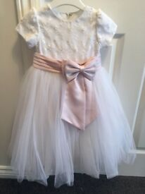 Gorgeous girls sarah Louise occasion dress aged 3. Worn once and immaculate condition.