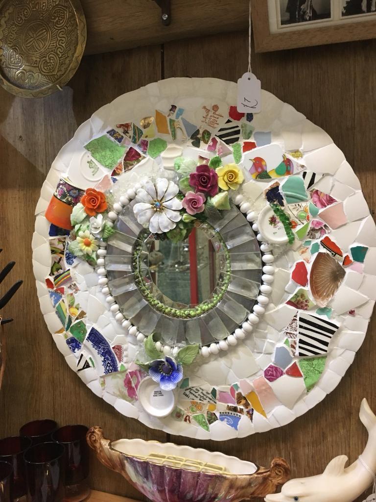 Mosaic Porthole mirror. Ju pitch