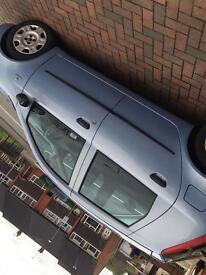Fiat punto. 04 plate