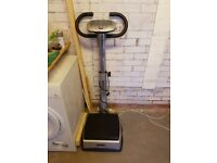 Exercise vibration plate with handles