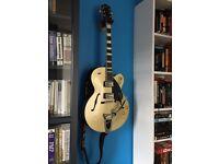 Guitar. Gretsch Streamliner G2420T. Gold Dust. As new