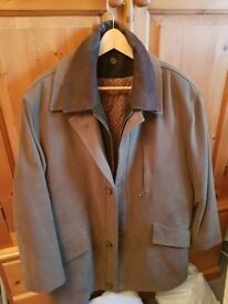 Mens Henry White shooting jacket medium