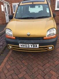 Renault Kangoo for sale - head gasket needs repairing