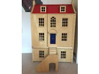 Marlborough Wooden Dolls House with Basement & 8 Room Sets & 2 sets of figures in as new condition