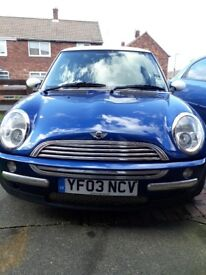 Mini cooper 1.6 engine. 106,000 miles on clock.MOT till 20.11.2018.