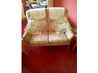 NICE 3 PIECE COTTAGE SUITE IDEAL FOR SMALL HOUSE OR FLAT GOOD CONDITION