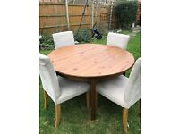 Extandable Dining table and chairs