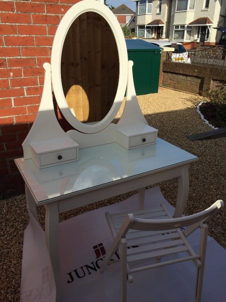 ###Sold### Dressing Table with Mirror - White