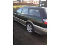 2000 Subaru Legacy Outback 2.5 petrol automatic, new MOT, good condition, permanent 4x4