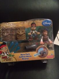 Jake and the never land pirate figures