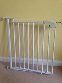 Stair gate: Safety 1st