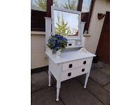 Oak painted dresser/draws