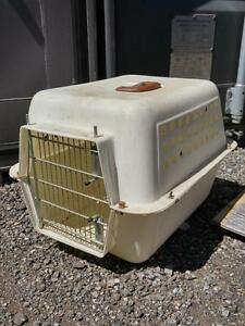 PET TRANSPORT CAGE VET CARRIER / MEDIUM SIZE / Cat Kitten Ferret Rabbit Carrier OAKVILLE 905 510-8720