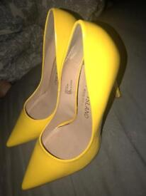 Bright yellow river island heels for sale! Accepting offer. Size 6