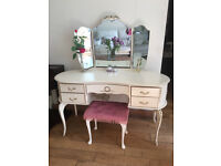 LOVELY FRENCH LOUIE STYLE DRESSING TABLE WITH ORIGINAL TRIPLE MIRROR AND STOOL