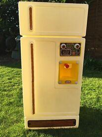 Little Tikes toy stand alone fridge freezer