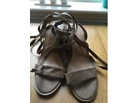 Strappy summer heeled sandals size 6