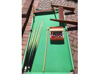 Pool/snooker table for child