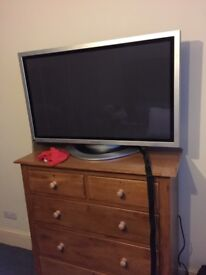 Panasonic Plasma display/tv 42 inch TH-42PW6 No Speakers.