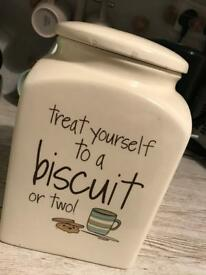 Biscuit jar.