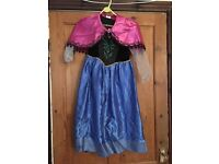 ANNA frozen disney dressing up outfit with cape