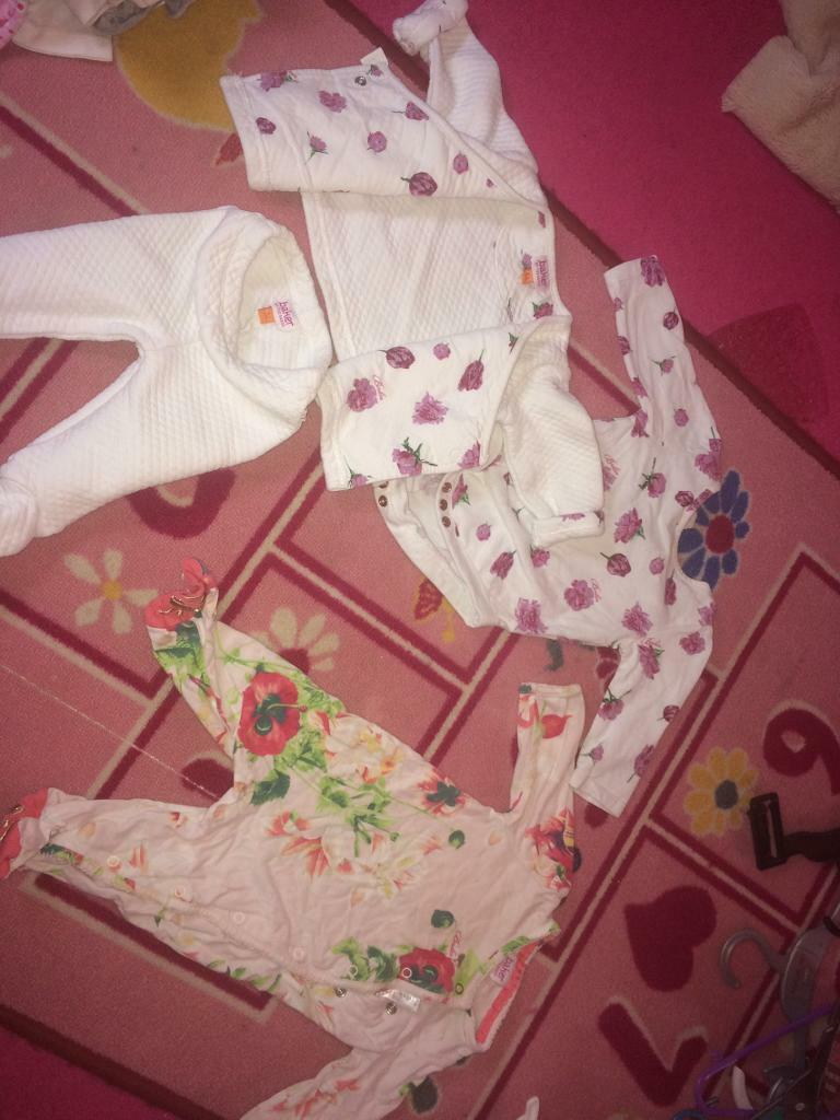 0-3 month girl massive bundle excellent condition