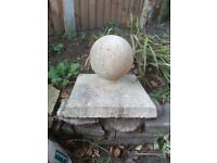 STONE GARDEN SMALL BALL FINIAL / PIER CAP / COPING / PILLAR CAP ORNAMENT