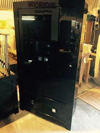 quality black gloss bedroom set