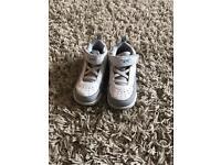 Only £5 Nike air Jordan's 6.5