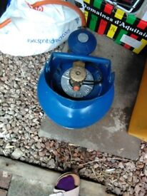 Camping stove and 4.5kg gas bottle offered free