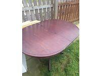 Oval table, mahogany