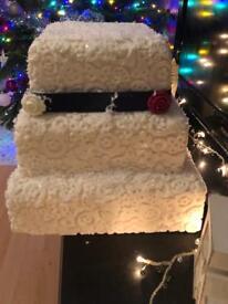 Dummie wedding cake