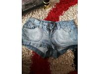 Woman's shorts size 10