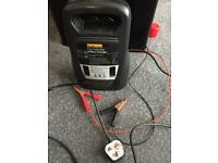Automatic battery charger - car, bike