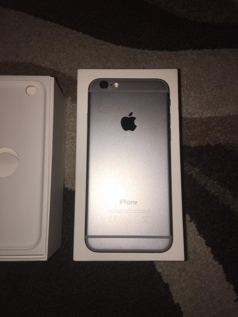 iPhone 6, Space Grey 16GB. Boxed, no charger. Broken Screen but in working order