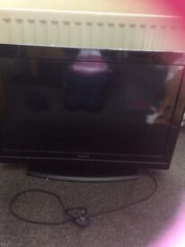 Toshiba 32 inch tv only selling as got a new 1 works perfectly
