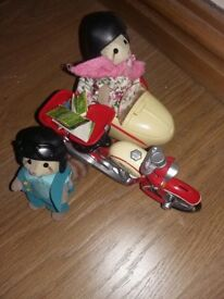 Sylvanian Families Motorbike & Sidecar including figures & accessories