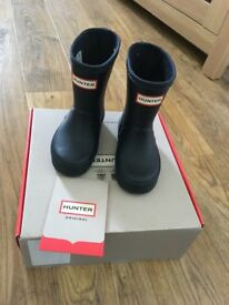 Toddler size Hunter wellies. Size 4