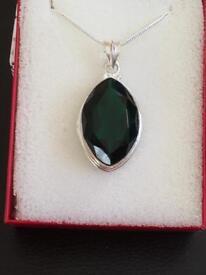 Ladies silver pendant and chain with a green sea quartz stone new