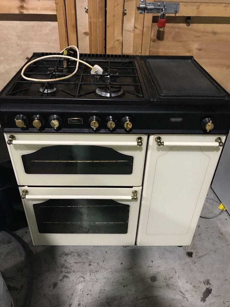 Range gas cooker in good working order