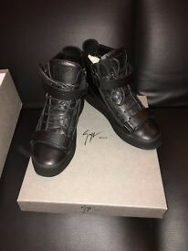 Guiseppe Zanotti Black matt leather Men`s sneakers UK 9 /42 EU