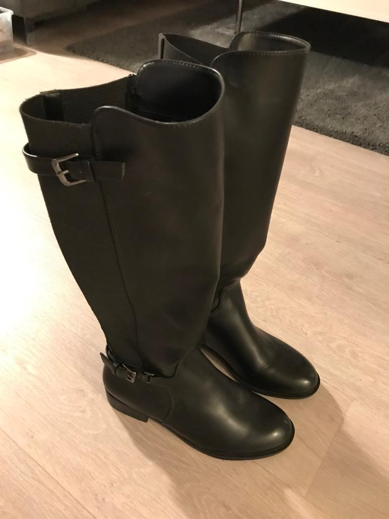 Knee-high Black Boots, Size 6