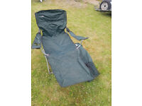 Hi Gear green luxury camping recliner chair (two available)