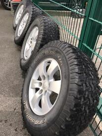 Mitsubishi L200 alloy wheels with off road tyres
